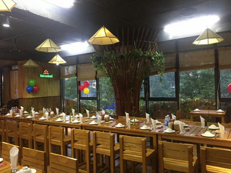 Không gian rộng rãi tại nhà hàng Sơn Thiên