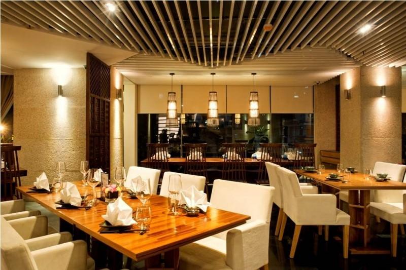 Không gian sang trọng của Stix Restaurant