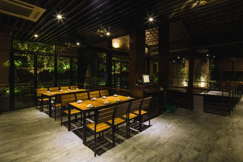 Nhà hàng Sứ Bia là nhà hàng tổ chức tiệc công ty tốt nhất tại Hà Nội