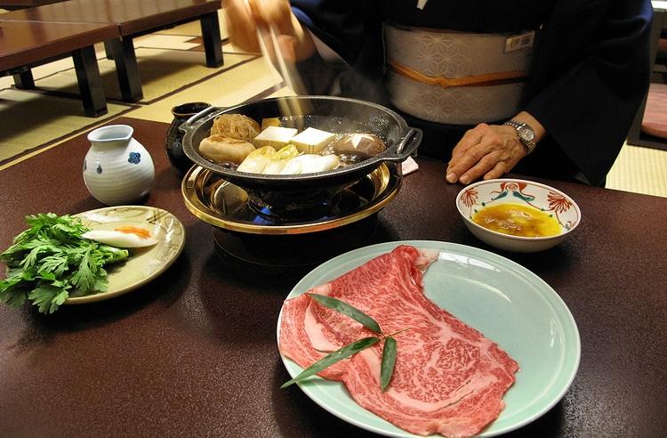 Nhà hàng Sukiyaki