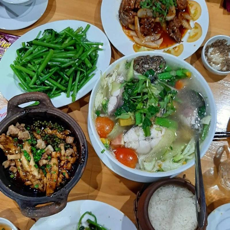 Nhà hàng Thuần Việt với những món ăn hấp dẫn