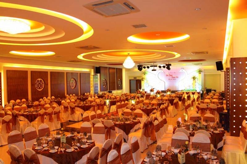 Nhà hàng tiệc cưới Âu Lạc Thịnh - Nhà hàng tiệc cưới nổi tiếng nhất Nha Trang
