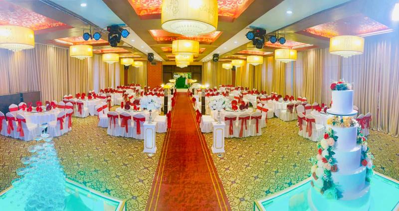 Nhà hàng tiệc cưới Đèn Lồng Đỏ
