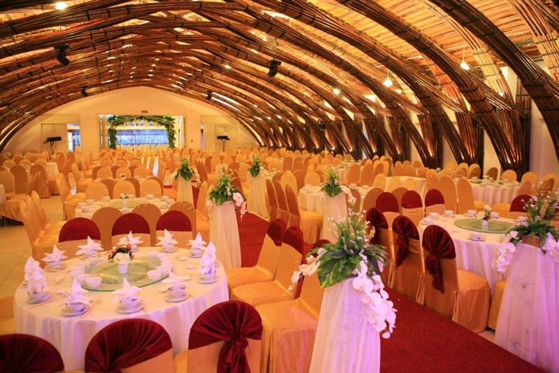 Nhà hàng tiệc cưới Hương Quê
