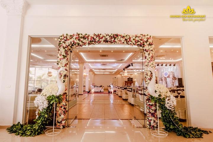 Nhà hàng tiệc cưới Hương Sen