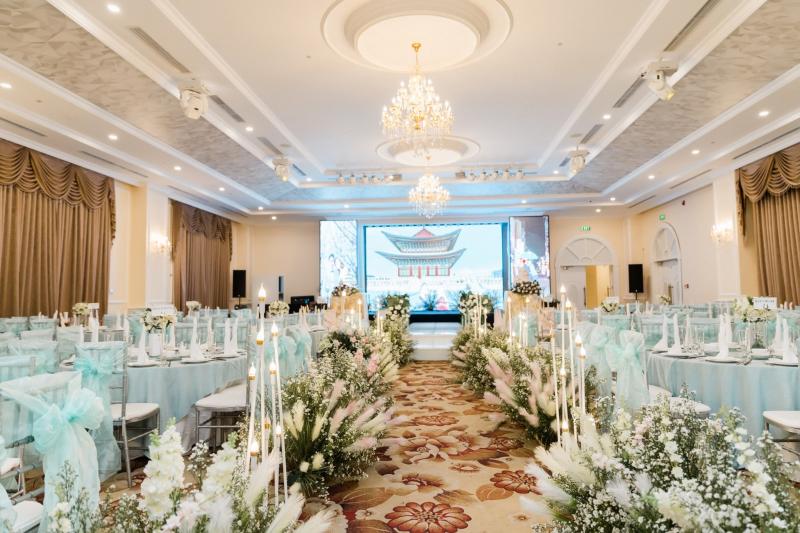 Nhà hàng tiệc cưới MerPerle Crystal Palace