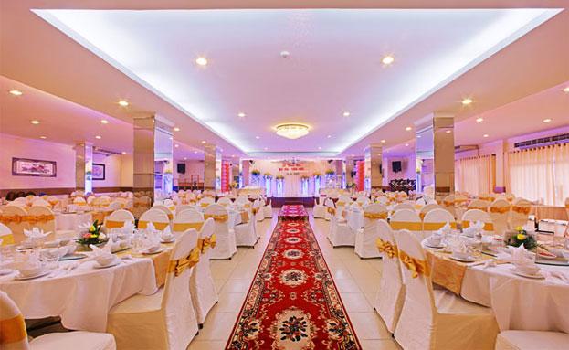 Nhà Hàng Tiệc Cưới Khách Sạn Ngọc Lan