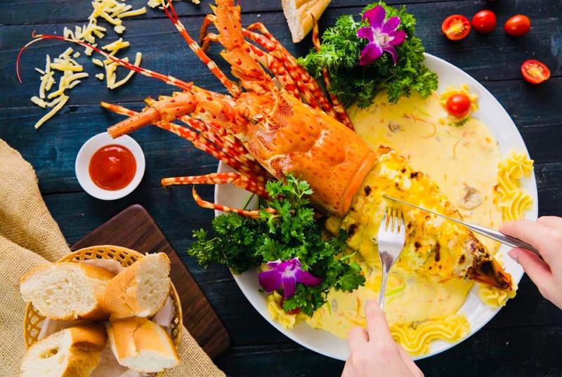Top 8 nhà hàng hải sản ngon nhất quận Hoàn Kiếm, Hà Nội