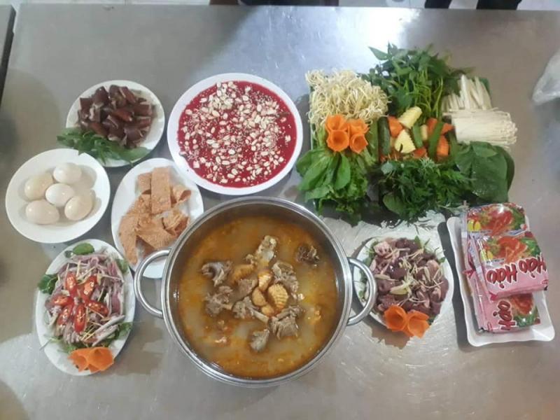 Nhà hàng Trường Lâm