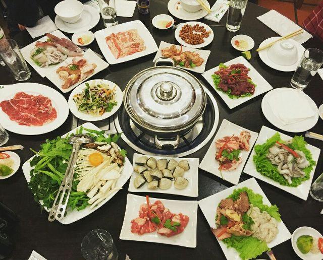 Nhà hàng Vạn Tuế - Thái Thịnh