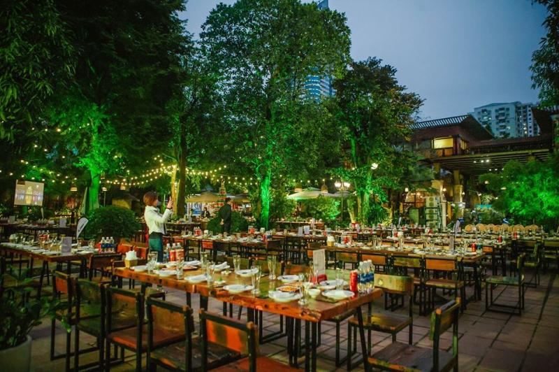 Nhà hàng Vườn Bia Hà Nội