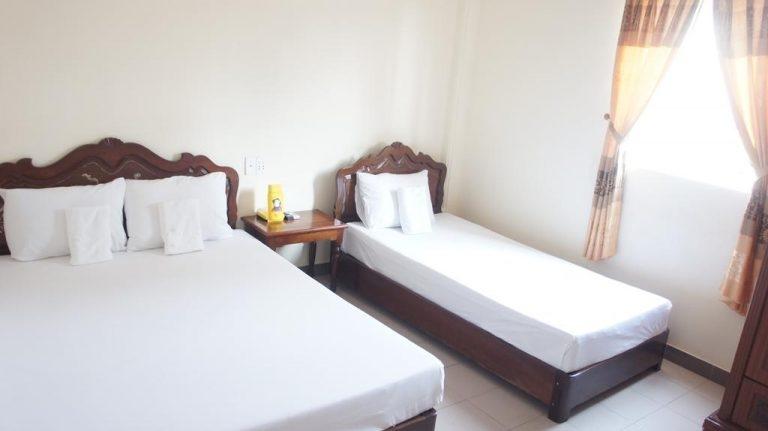 Phòng ngủ tại nhà khách Phú Hiệp