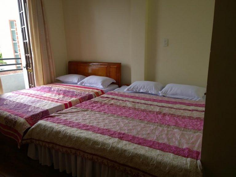 Phòng ngủ tại nhà khách Thanh Nga – 1 trong những khách sạn Huế giá rẻ đáng để ý