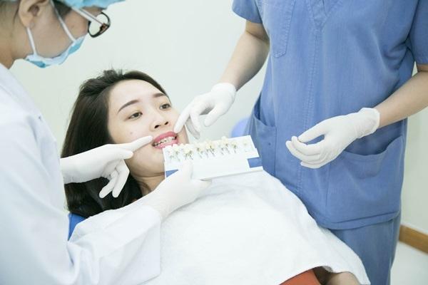 Nha khoa KIM là địa chỉ nha khoa uy tín hàng đầu trong việc thực hiện dịch vụ bọc răng sứ thẩm mỹ.
