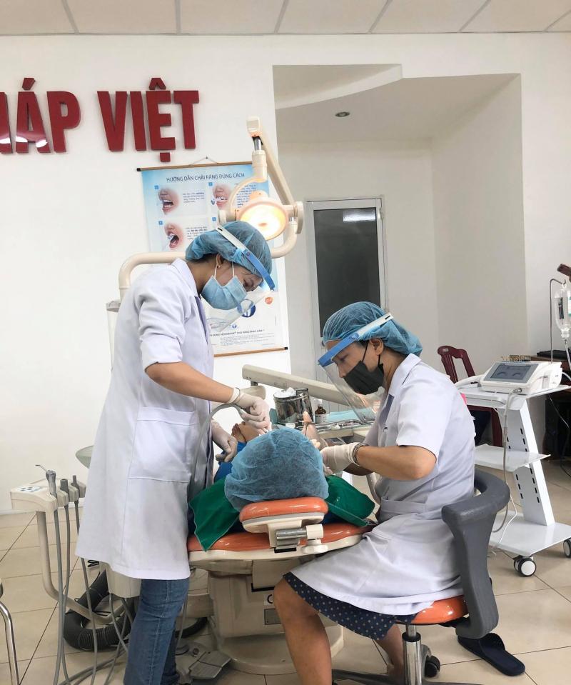 Nha khoa Pháp Việt - Huế