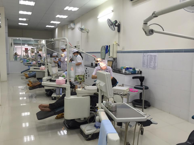 Nha khoa Xuân Hương trang bị nhiều ghế máy để bệnh nhân không phải chờ lâu