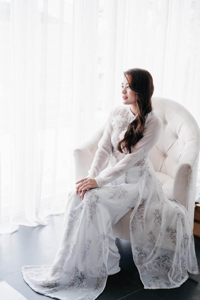 Nhà may Kim Dung là cửa tiệm chuyên nhận đo, may, thiết kế những chiếc áo dài cưới