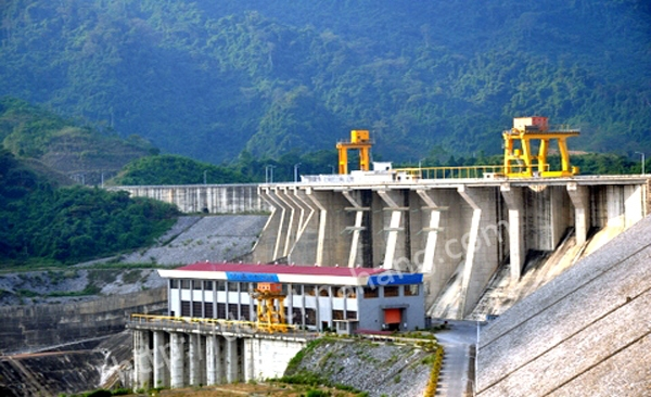 Nhà máy thủy điện Na Hang (Tuyên Quang)