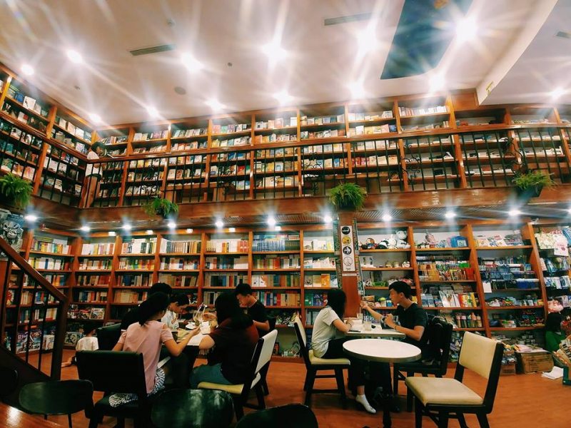 Nhã Nam Book N' Coffee