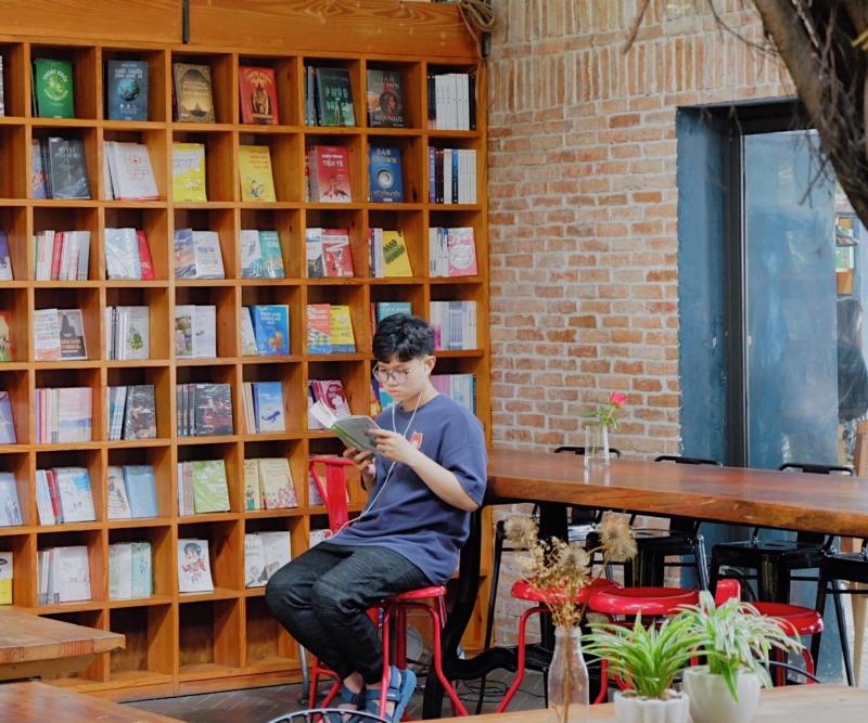 Nhã Nam Books N' Coffee Vũng Tàu