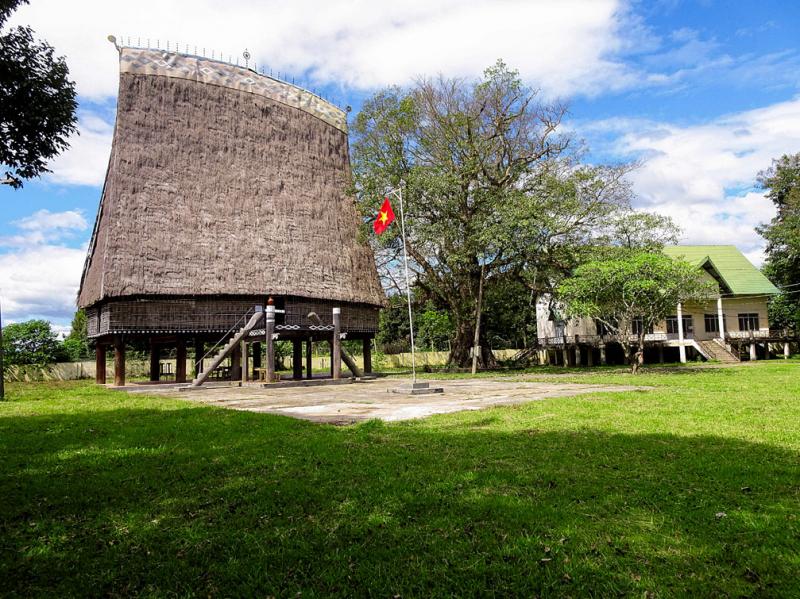 Nhà rông Kon Klor được thiết kế và xây dựng theo kiểu truyền thống
