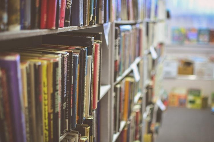 Top 6 địa chỉ mua sách giá rẻ và chất lượng nhất ở Thanh Hóa