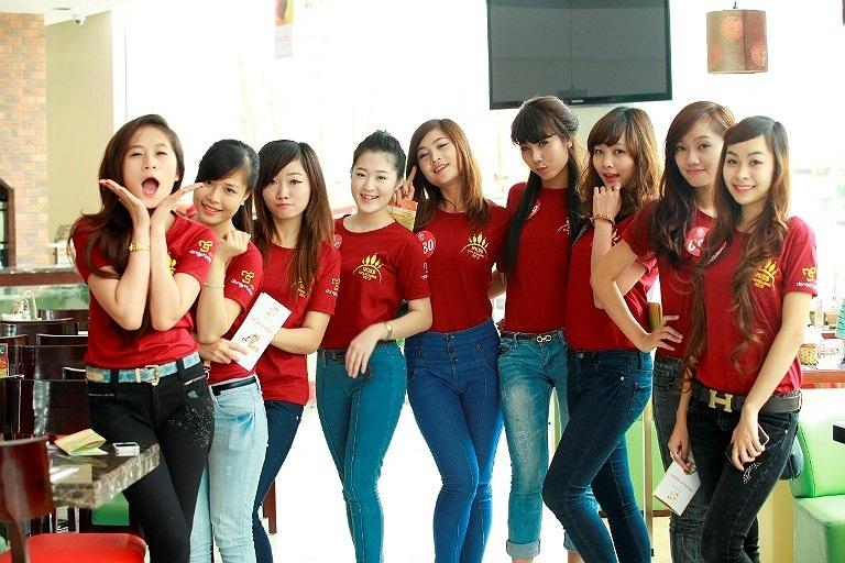 Nhà sản xuất đồng phục Dona Fashion