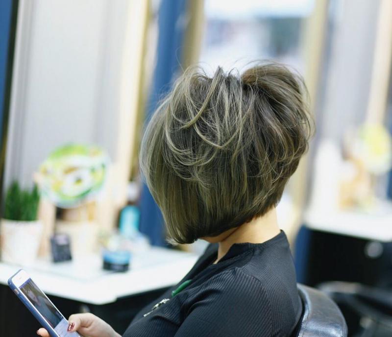 Nhà tạo mẫu tóc Hân Royal