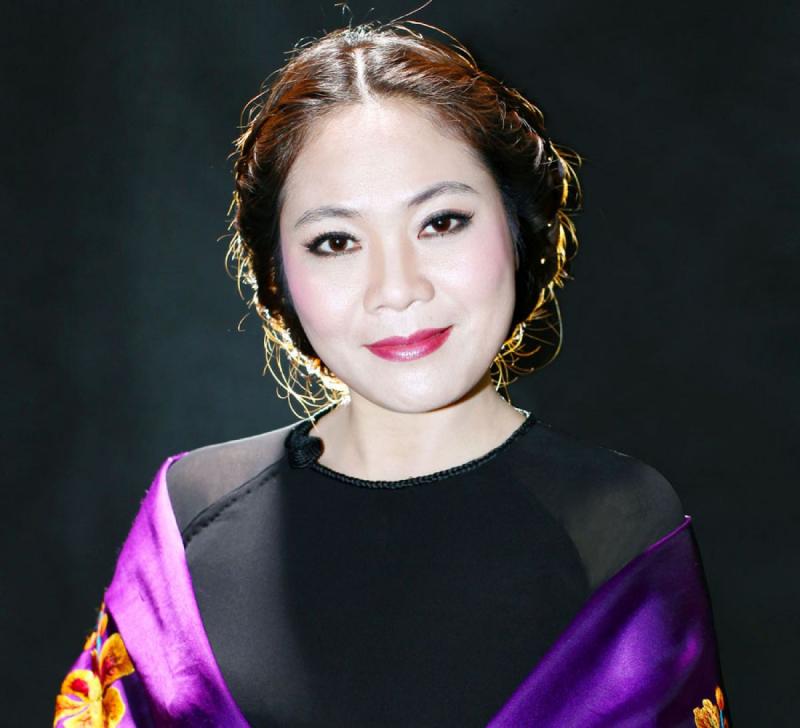 Nhà thiết kế Lan Hương