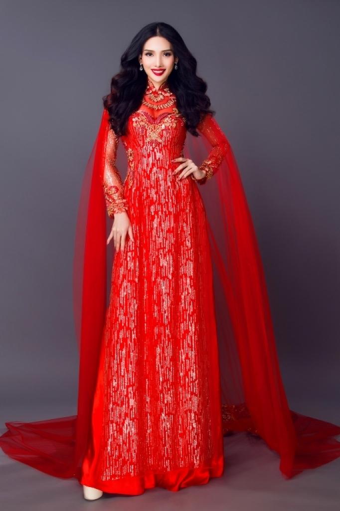 Mẫu áo dài đẹp long lanh cho cô dâu của nhà thiết kế Minh Châu