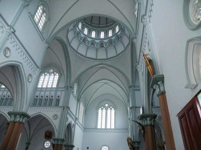 Kiến trúc trần nhà đặc biệt