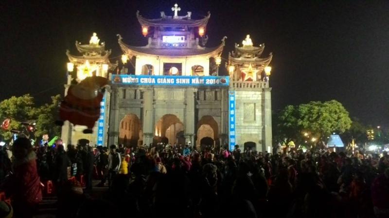 Giáng Sinh tại nhà thờ Phát Diệm