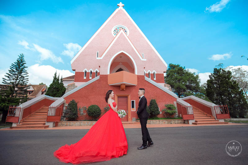 Ảnh cưới tại nhà thờ Domaine Đà Lạt