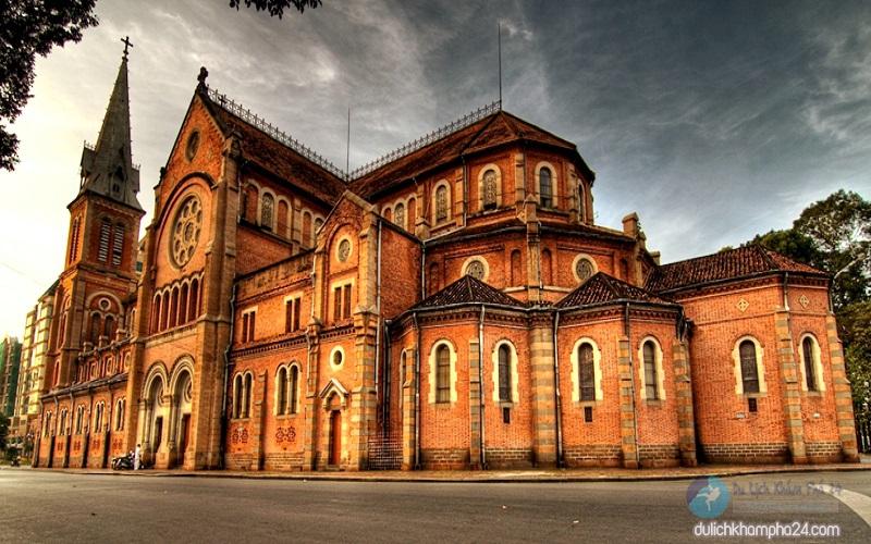 Tổng thể công trình Nhà thờ Đức Bà