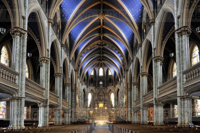 Kiến trúc bên trong của nhà thờ