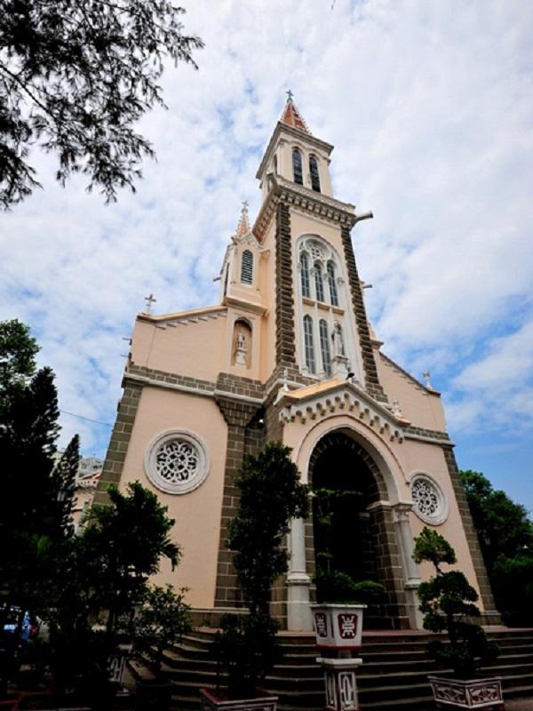Nhà thờ Huyện Sỹ