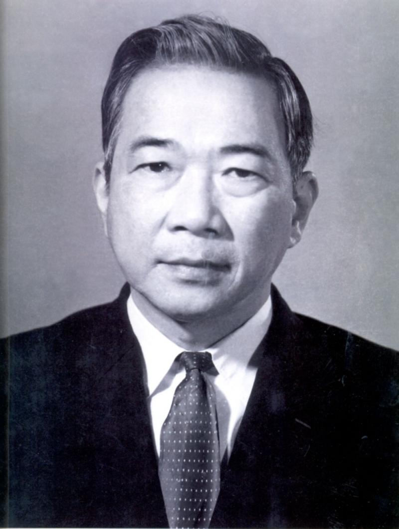 Nhà thơ Tố Hữu - người mở đầu nền thơ cách mạng Việt Nam