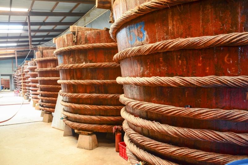 Nhà thùng sản xuất nước mắm