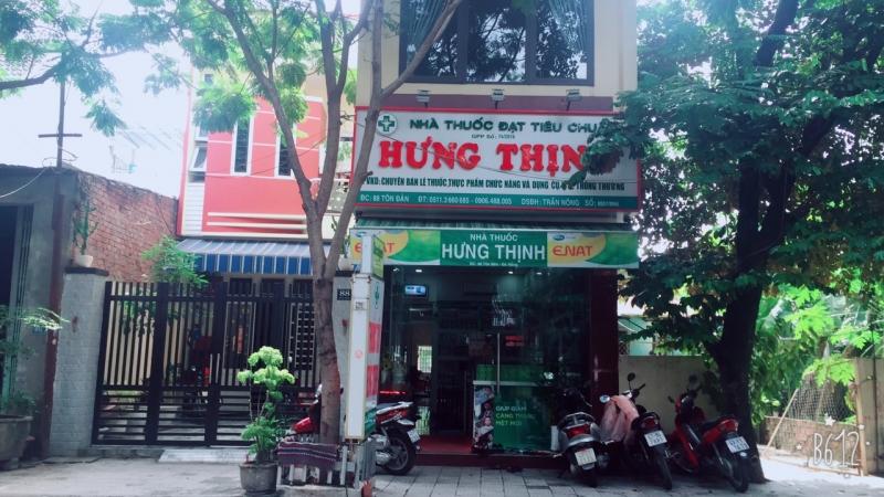 Nhà Thuốc Tây Hưng Thịnh đã trở nên rất quen thuộc với người dân trên đường Tôn Đản, Đà Nẵng