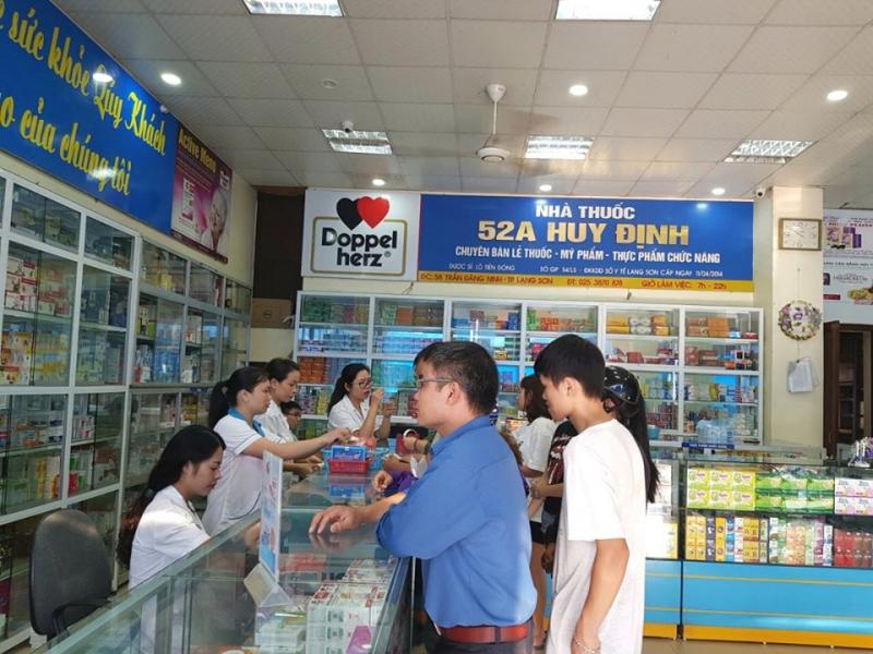 Nhà thuốc Huy Định
