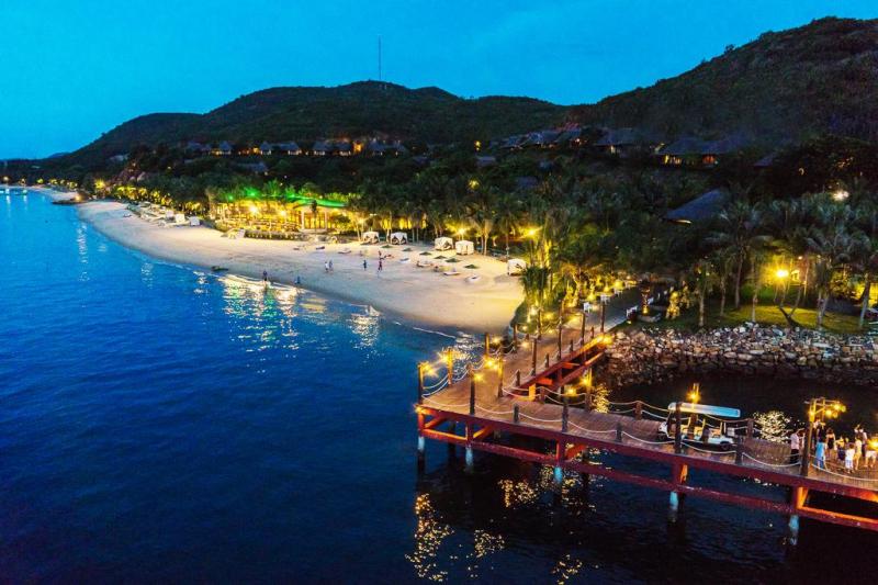 Bãi Biển Nha Trang lúc chiều tối