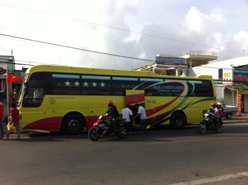 Xe khách Trường Ngươn