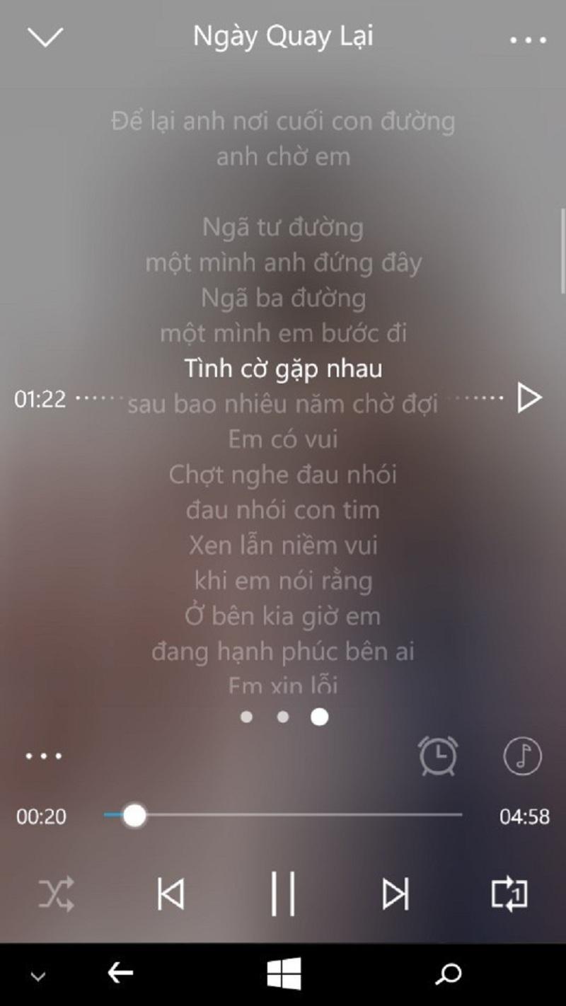 Phần lời bài hát chuyển động rất đẹp