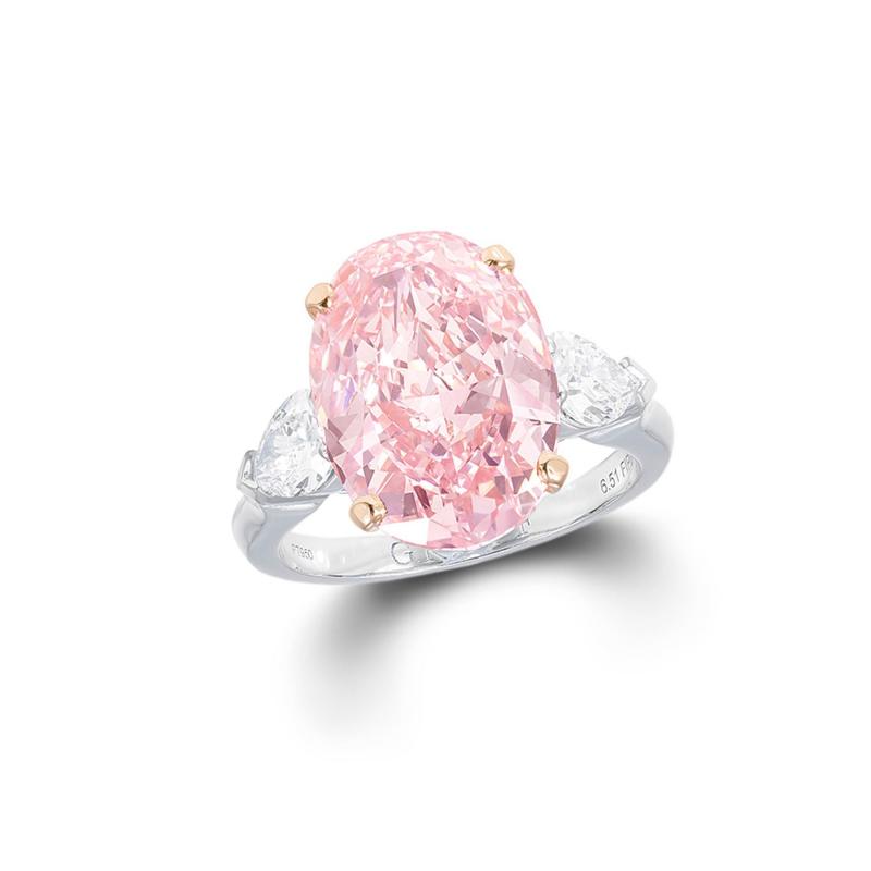 Nhẫn kim cương The Graff Pink