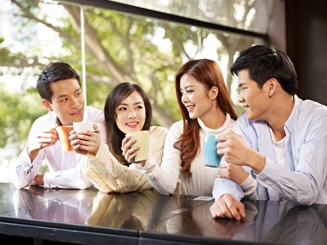 Nhận lời mời gặp gỡ, giao lưu với những đồng nghiệp mới