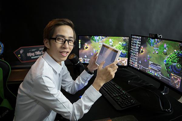 ViruSs Tiến Hoàng luôn là cái tên hot trong giới streamer