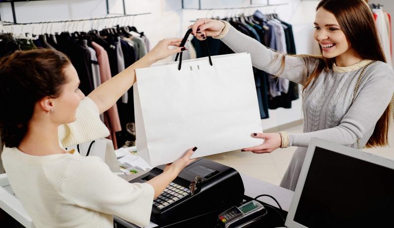Nhân viên bán hàng trực tiếp