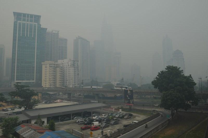 Tình trạng ô nhiễm nghiêm trọng ở Nhật Bản