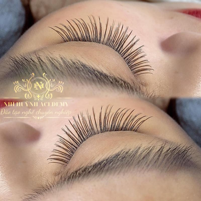 Nhi Huỳnh Eyelash Academy
