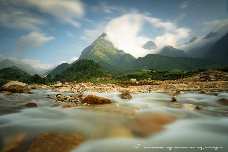 Bạn sẽ được mãn nhãn với những bức ảnh tuyệt đẹp, từ cảnh núi non hùng vĩ đến biển cả mênh mông, từ con người đến muông thú, từ cây hoa đến ngọn cỏ